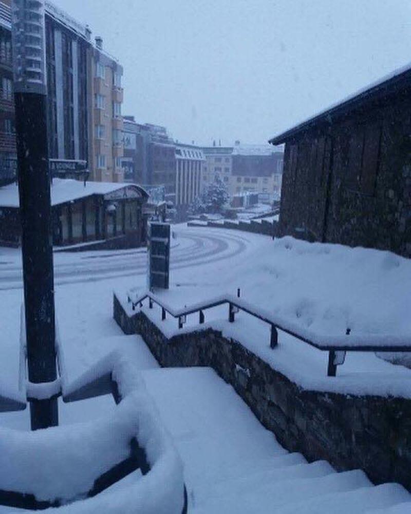 condition de neige extreme en andorre